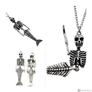 Jewelry - Silver Mermaid SKELETON Necklace Movable parts